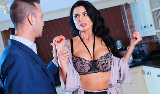 Realtor fingered big tits of a brunette in lace lingerie and fucked doggy style