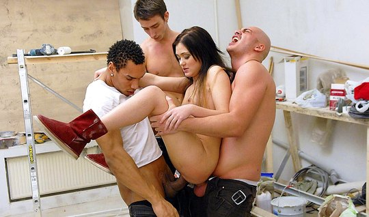 Three Russian guy took a slut and talked her into an Orgy with double penetration