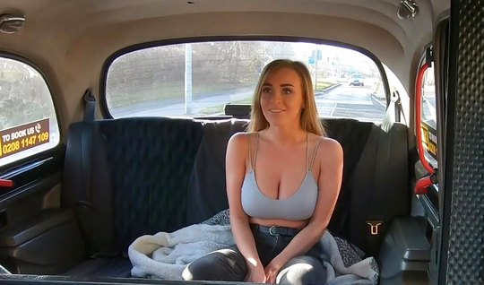 Blonde with big milkings Fucks driver in the car